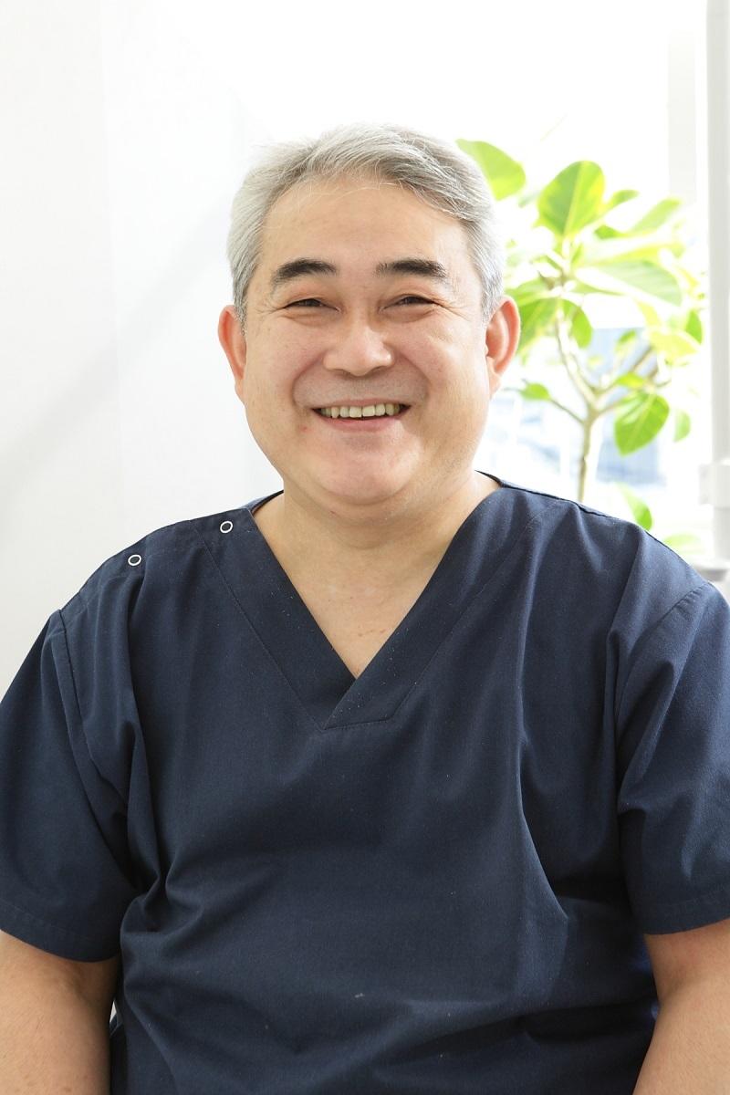 藤沢市辻堂の歯医者・歯科の阿部歯科CTクリニックの院長紹介です。